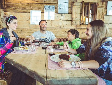 Livigno Familien & Kinder AUFSTIEG AUF DIE SPITZE - Mottolino