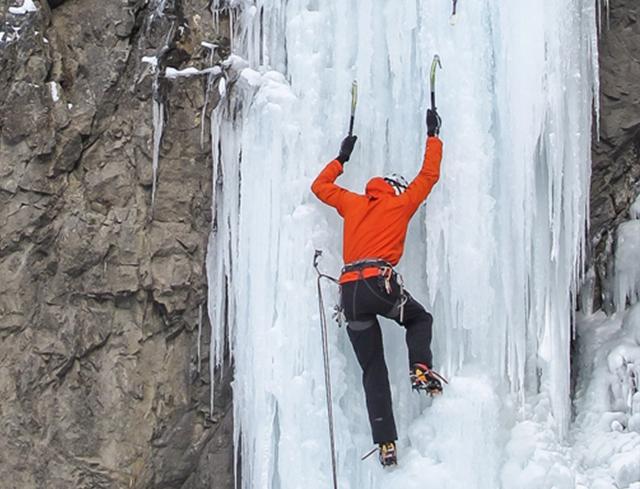 Klettergurt Eisklettern : Try to climb u eisklettern livigno
