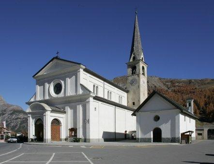 Livigno Family&Kids PLACES TO DISCOVER: TOUR AROUND THE CHURCH OF SANTA MARIA