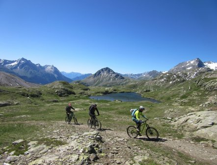 Livigno Family&Kids GUIDED E-BIKE TOURS
