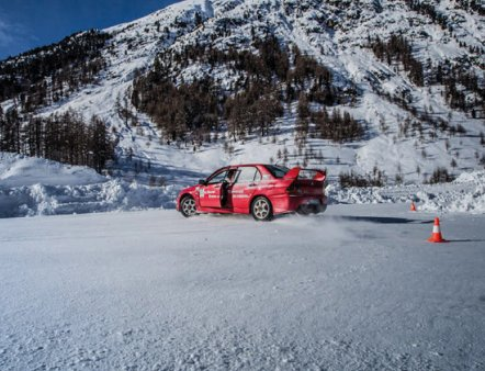 Livigno Family&Kids SAFE DRIVING COURSES AND DRIVE ON ICE - ICE DRIVING SCHOOL LIVIGNO