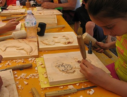 Livigno Family&Kids ART WORKSHOP – WOOD CARVING COURSE