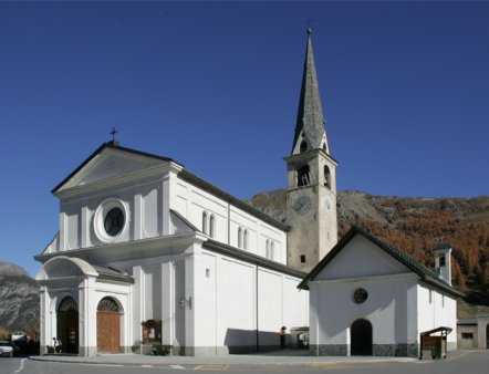 Livigno Family&Kids PLACES TO DISCOVER: TOUR AROUND THE CHURCH OF SANTA MARIA