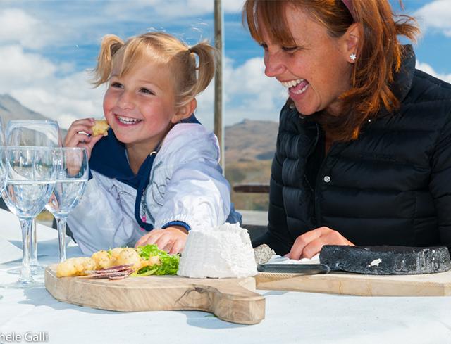 Livigno Family&Kids CAROSELLO 3000 - LUNCH AT ALTITUDE