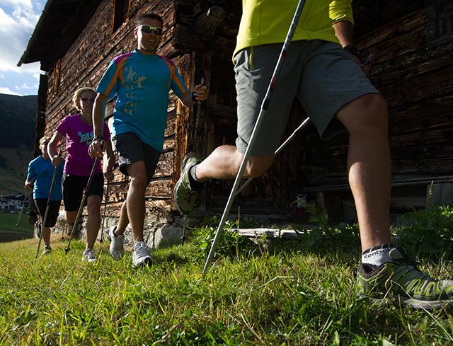 Livigno Family&Kids ESCURSIONE NORDIC WALKING