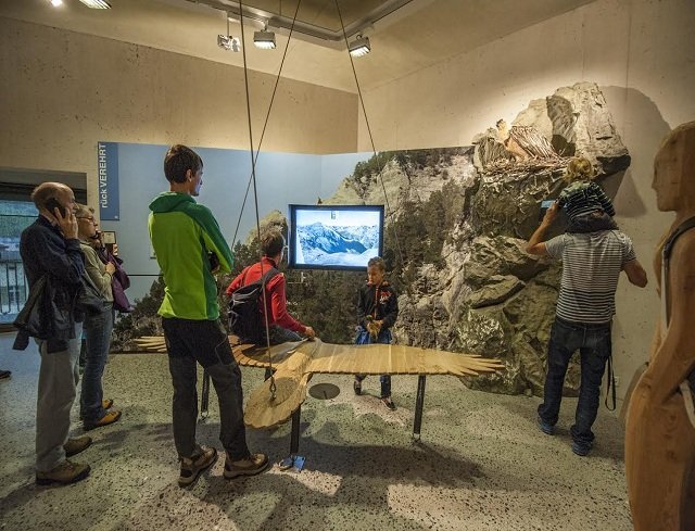 Livigno Family&Kids VISIT TO THE SWISS NATIONAL PARK CENTRE