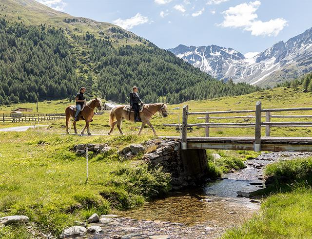 Livigno In Family HORSE RIDING