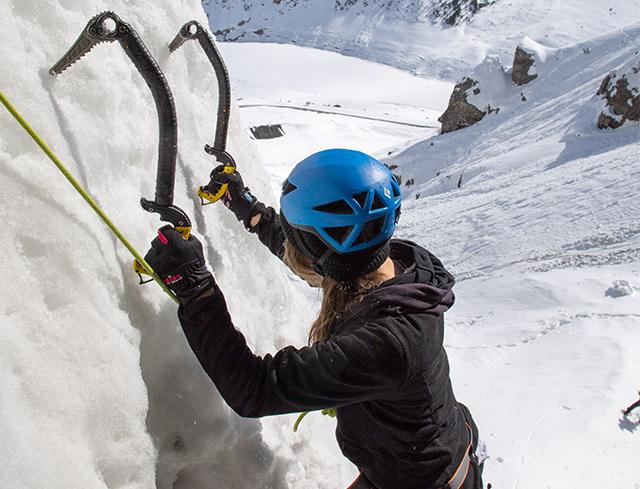 Livigno Family&Kids ICE CLIMBING - TRY TO CLIMB!