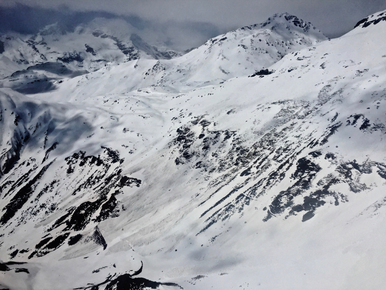 Wet snow avalanches on Passo della Forcola