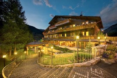 Livigno Family Hotel Bucaneve