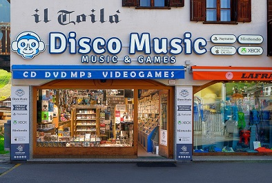 Livigno SHOPPING Disco Music - Music & Games
