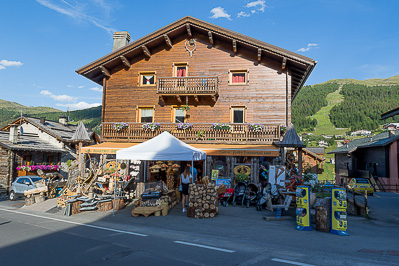 Livigno SHOPPING Edwin's Wood Sana Baby