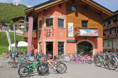 Livigno SHOPPING De Fox